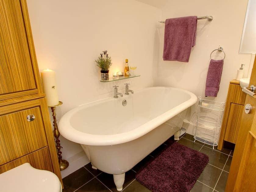 Bathroom | Spice Mill Cottage, Kirkby Lonsdale