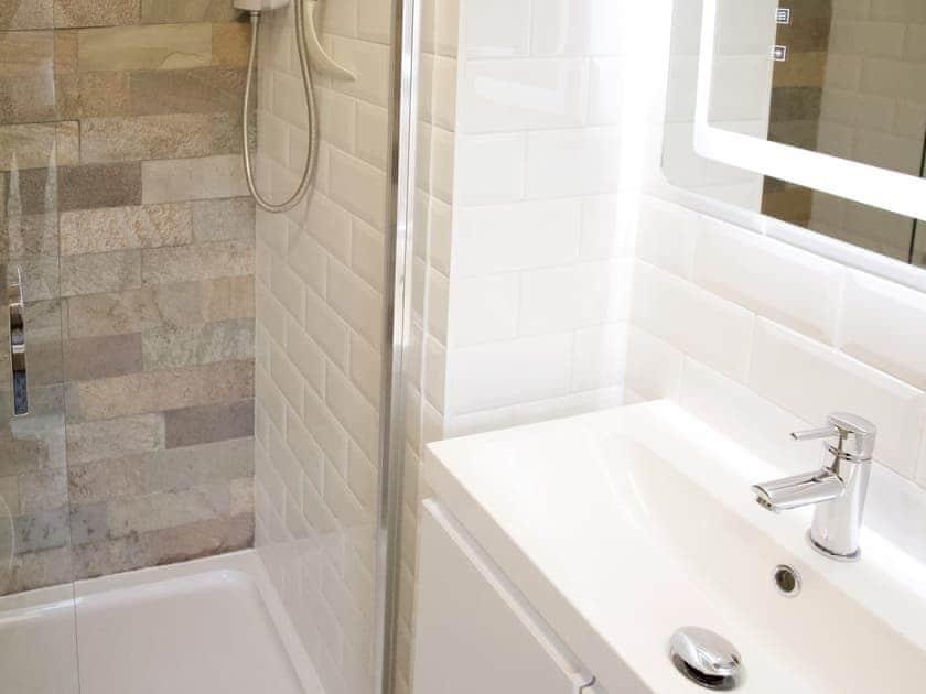 Delightful shower room | The White House Studio, Worthing