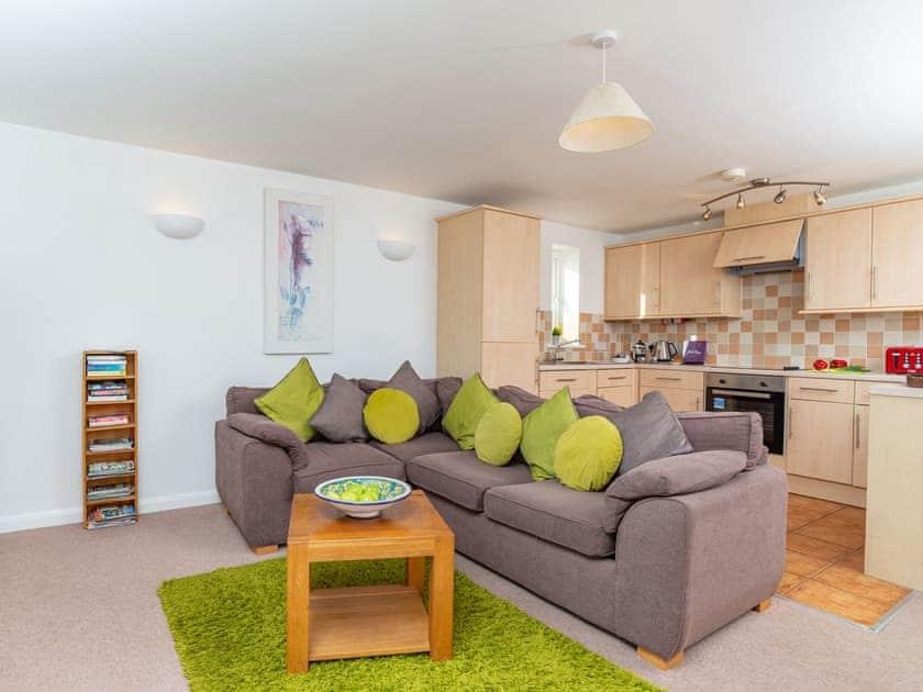 Comfortable living area | 4 Belvedere Court - Belvedere Court, Paignton