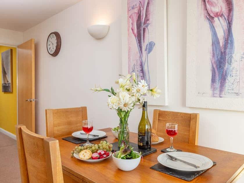 Dining area | 4 Belvedere Court - Belvedere Court, Paignton