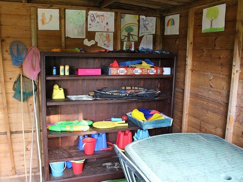 Garden room home to games and activities | Bodwen Corner Cottage, Wootton Bridge