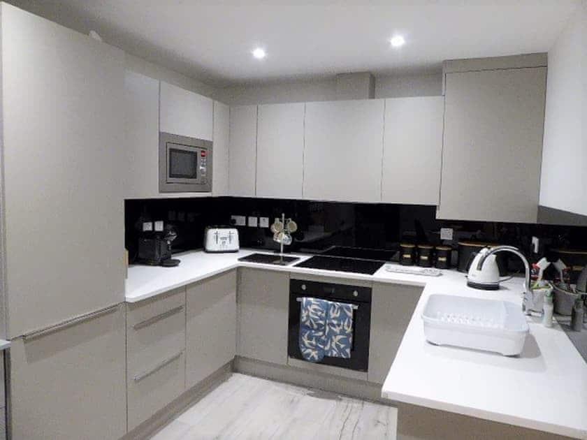 Kitchen | Bayview, Royal Cliff - Royal Cliff Apartments, Sandown