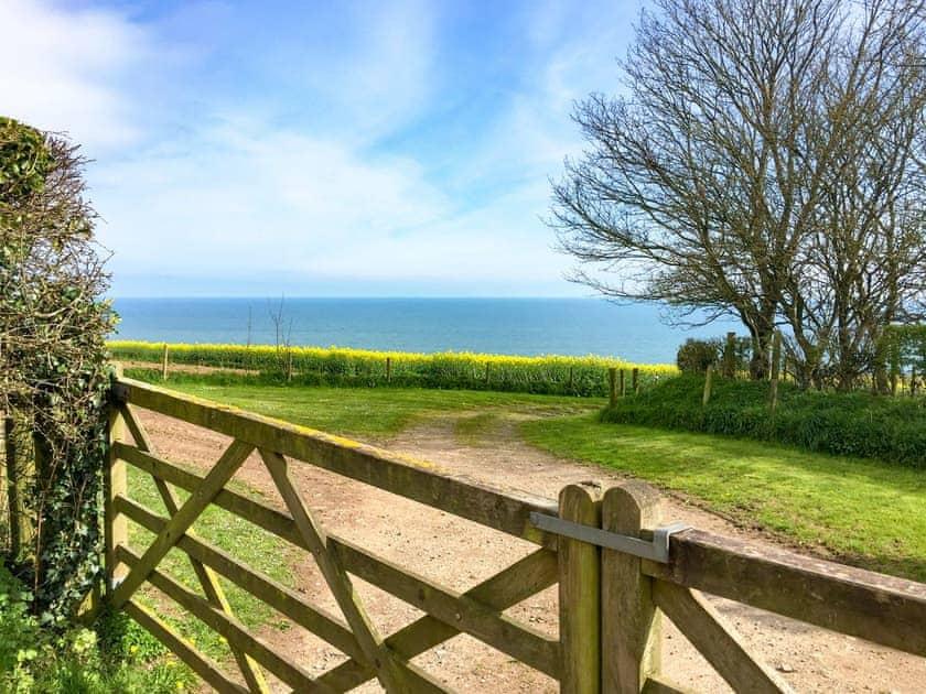 Wonderful sea views | The Penthouse, Endsleigh Court - Endsleigh Court, Stoke Fleming, near Dartmouth