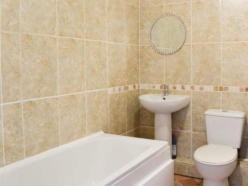 Bathroom | Psalm Cottage - Church House Holidays, Scarborough