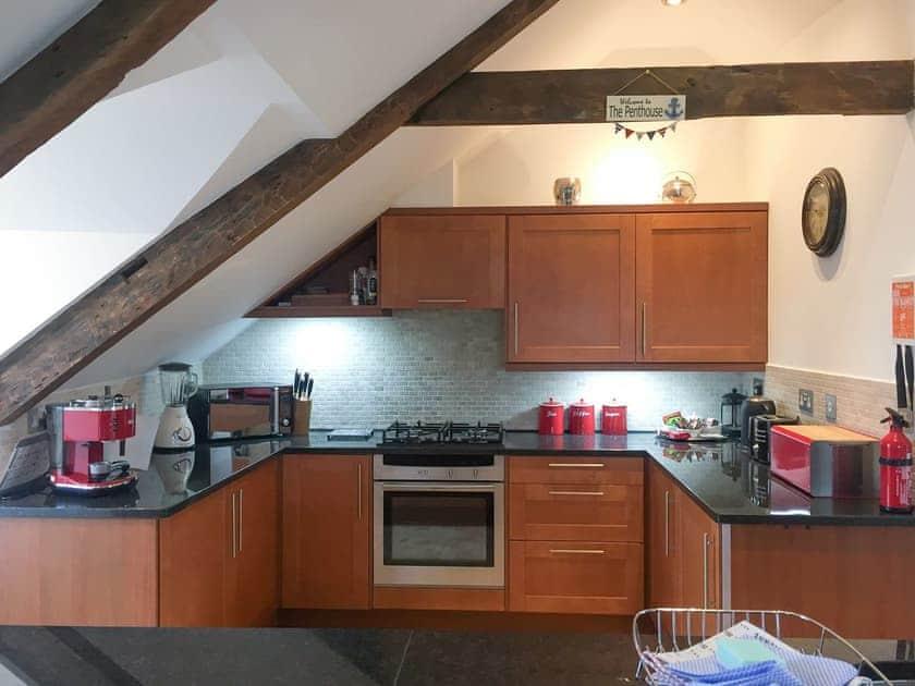 Kitchen | The Penthouse, Endsleigh Court - Endsleigh Court, Stoke Fleming, near Dartmouth