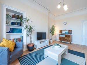 Brunton Apartment