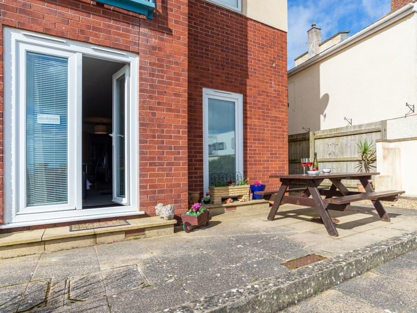 Patio area with picnic bench | 14 Belvedere Court - Belvedere Court, Paignton