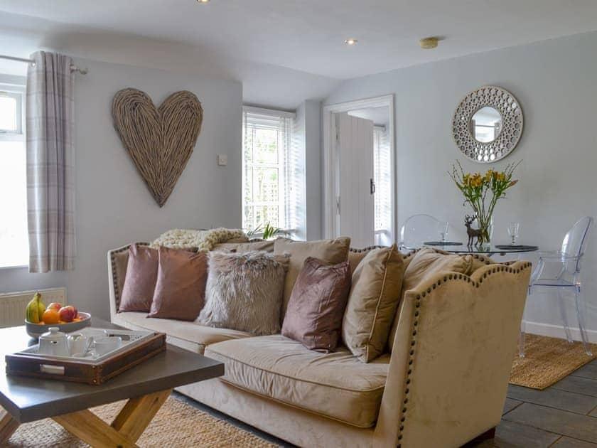 Well presented living/ dining room   Baytree Cottage - Beaconside, Bideford