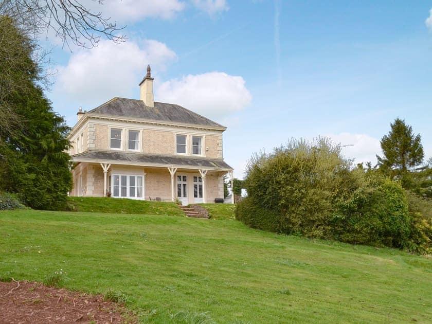 Beautiful, large holiday home | Beaconside House - Beaconside, Monkleigh, near Bideford