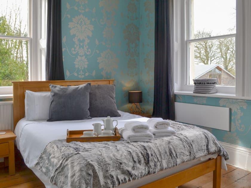 Charming double bedroom with en-suite | Beaconside House - Beaconside, Monkleigh, near Bideford