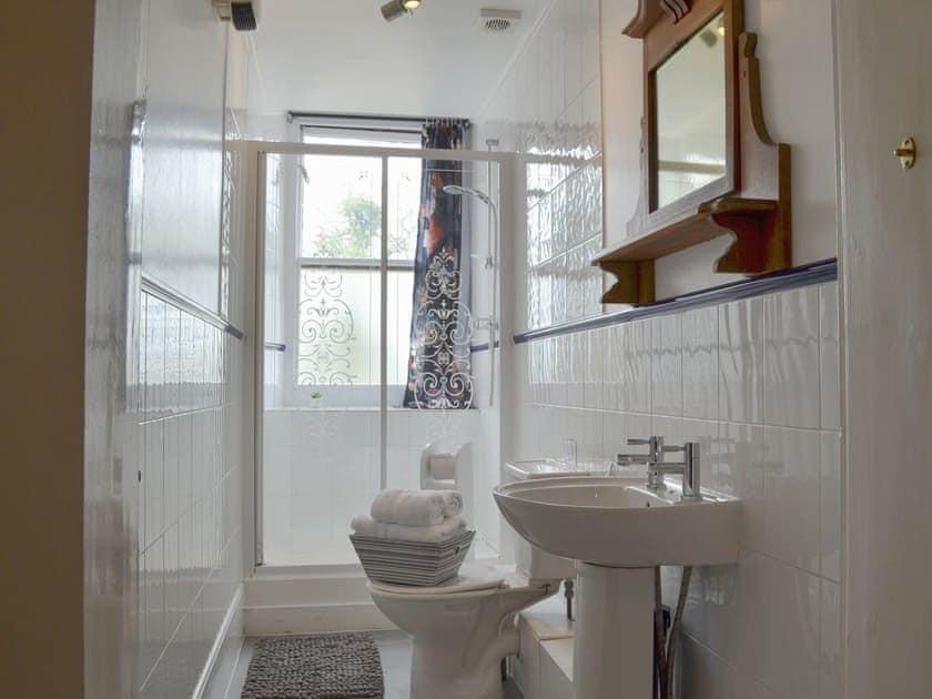 Shower room | Beaconside House - Beaconside, Monkleigh, near Bideford