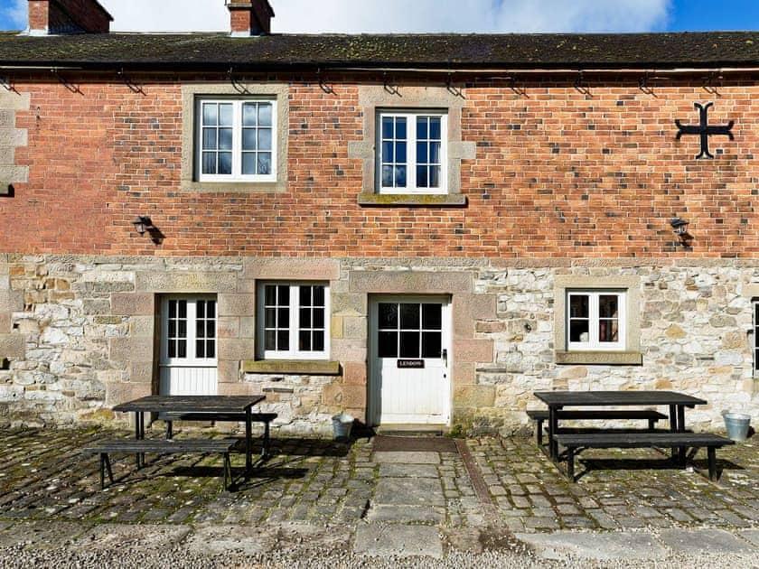 Knockerdown Cottages - Lendow