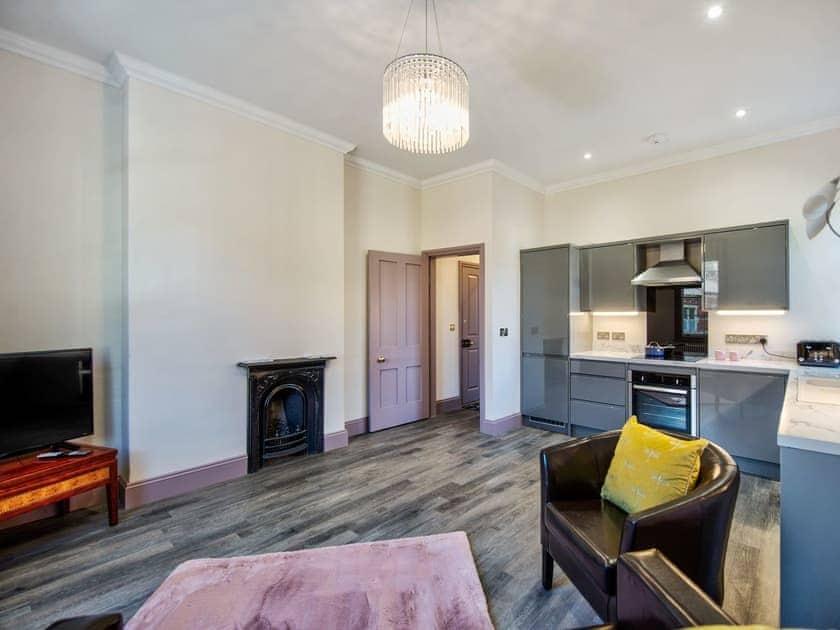 St Margaret's Lodge - The Lindum Apartment