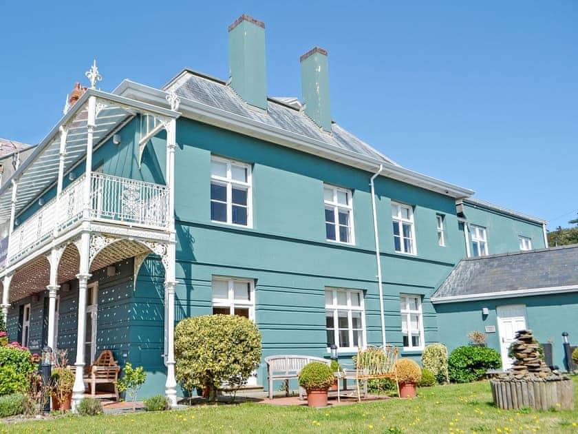 Ty Edleston House - Llys Y Onnen