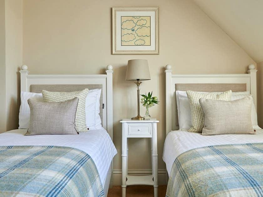 Twin bedroom | Hungate Cottages - Ellerbeck - Hungate Cottages, Pickering