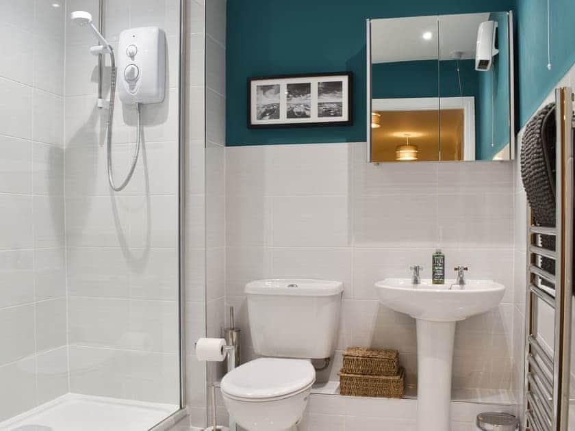 Shower room | Bankside, Whitby