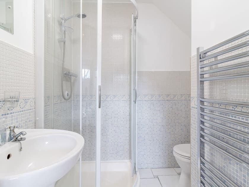 Shower room | Jib Sail - The Sail Loft, Wroxham