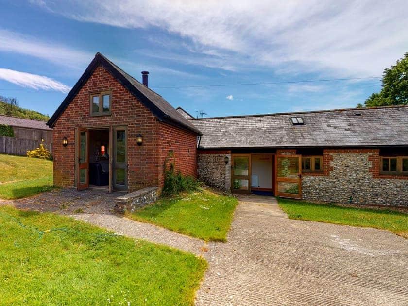 Exterior   The Bull Pen - Compton Farm Cottages, Compton, near Chichester