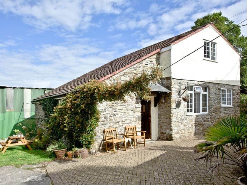 Summercourt Cottages - Stables