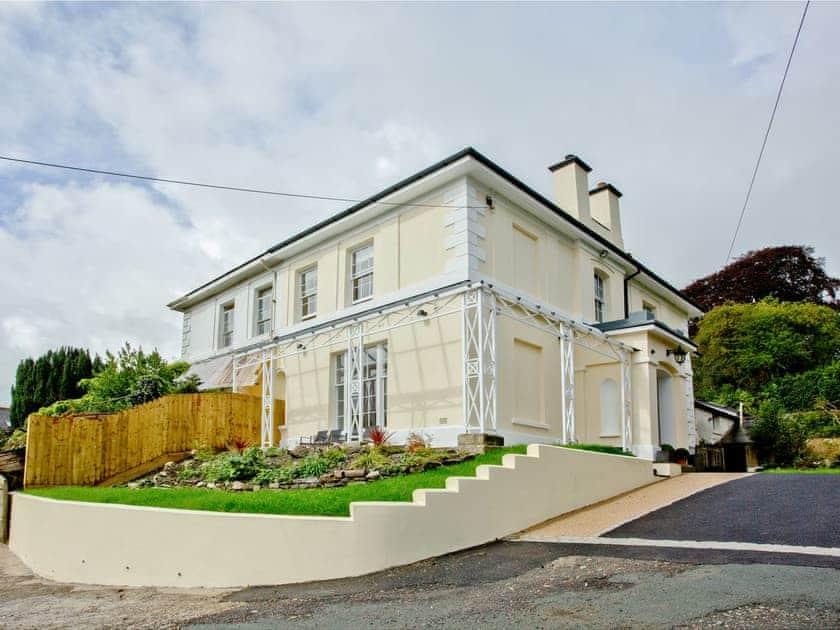 Bedford Villas - Magnolia House