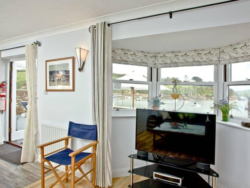 Living area | Island Quay 9, Salcombe