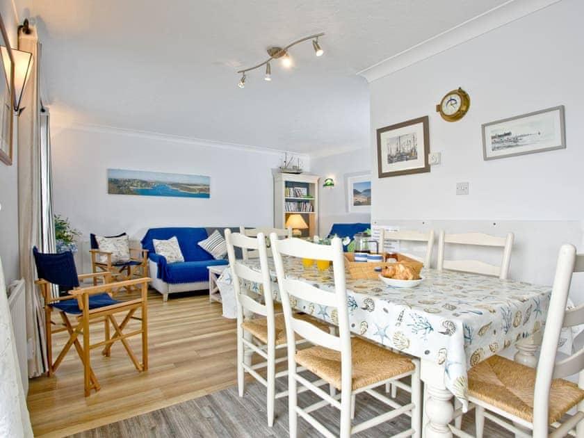 Dining Area | Island Quay 9, Salcombe