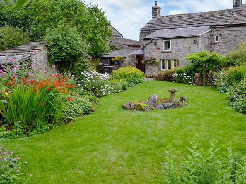Garden | Arncliffe House Farm, Starbotton near Kettlewell