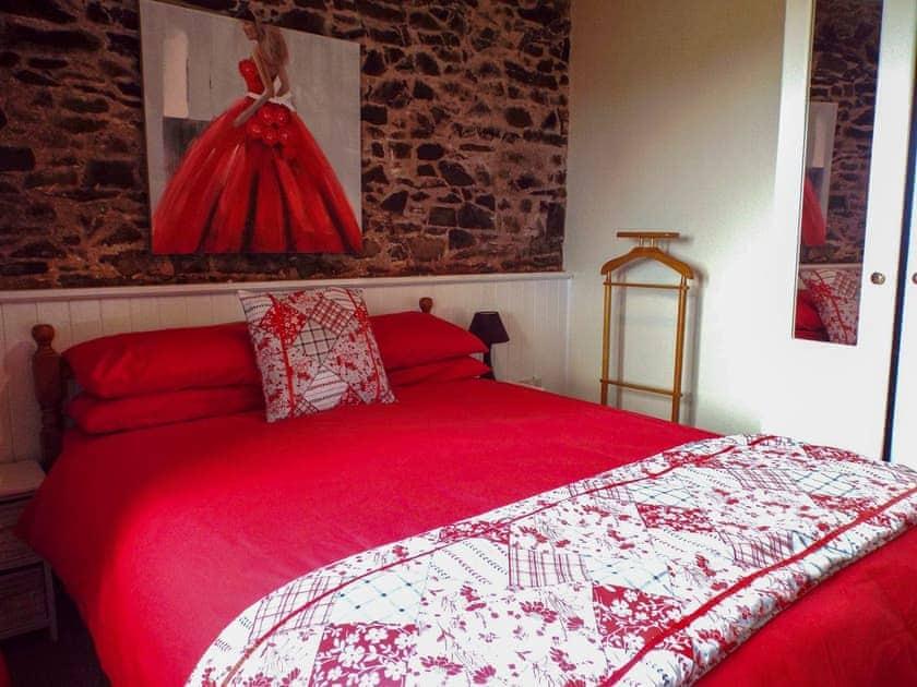Double bedroom | Scrumpy Barn, Dihewyd, near Aberaeron