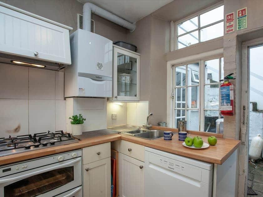 Kitchen | Courtenay Street 24, Salcombe
