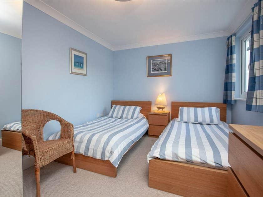 Twin bedroom | Inglewood Cottages 2, Kingswear, nr. Dartmouth