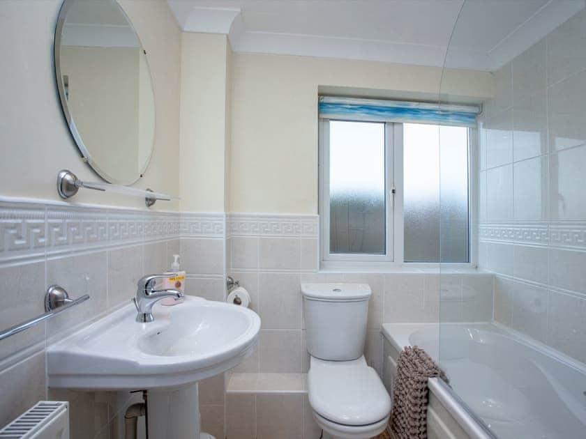 Bathroom | Inglewood Cottages 2, Kingswear, nr. Dartmouth