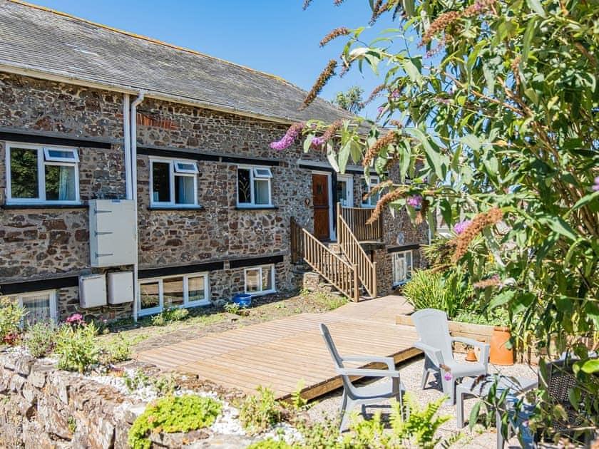 Mead Barn Cottages - Barley Barn