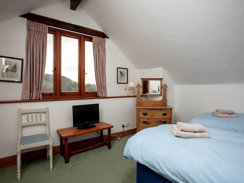Twin bedroom   Edgecombe Barn - Tuckenhay Mill, Bow Creek, between Dartmouth and Totnes