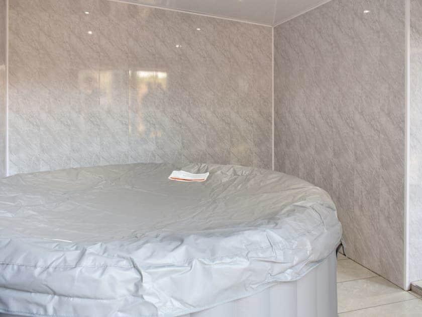 Hot tub   North Lodge - North & South Lodge, Appleby