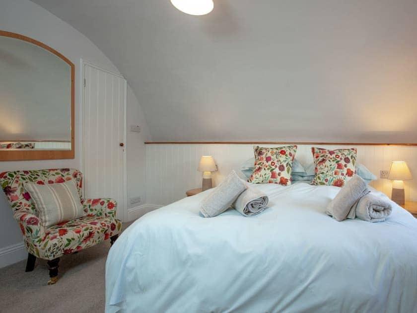 Double bedroom | 1 Castle Cottage - Tuckenhay Mill, Bow Creek, between Dartmouth and Totnes