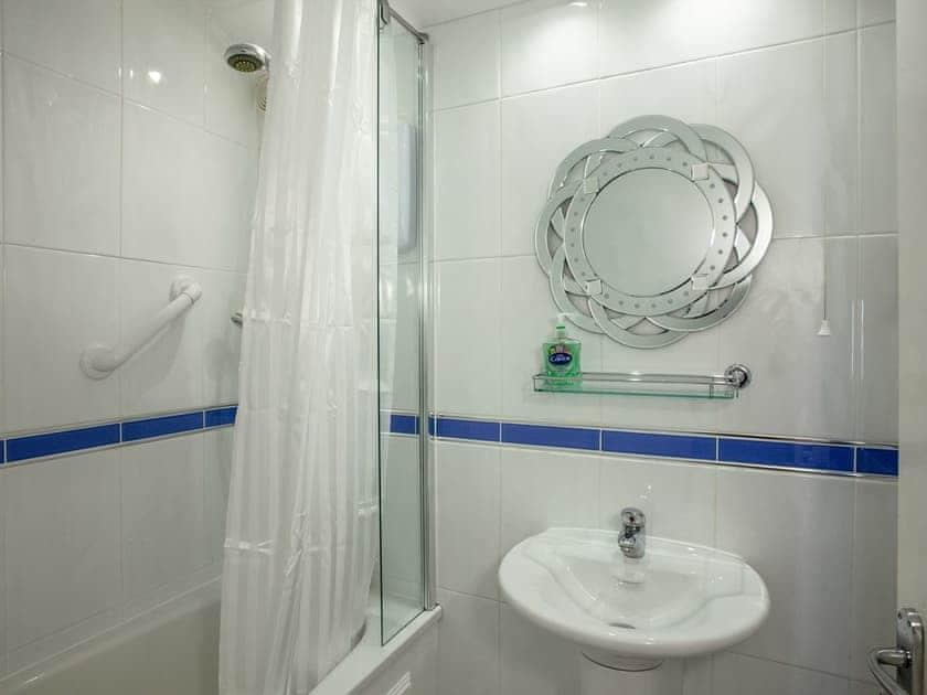 Bathroom | 1 Castle Cottage - Tuckenhay Mill, Bow Creek, between Dartmouth and Totnes