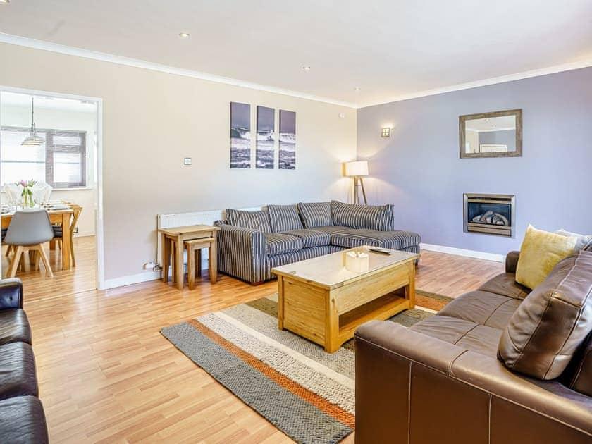 Living room | Gwbert Holiday Cottages- Gwynt y Mor - Gwbert Holiday Cottages, Gwbert, Cardigan Bay