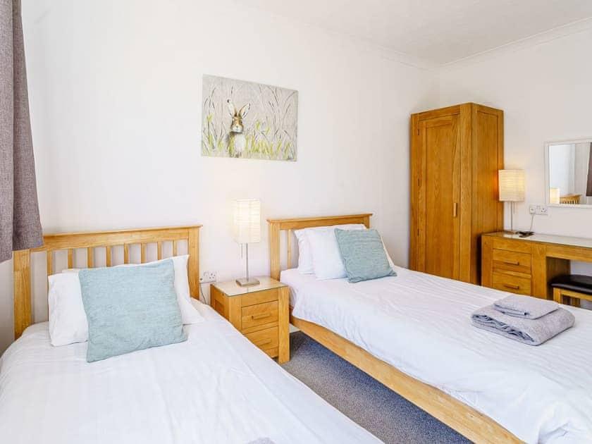 Twin bedroom | Gwbert Holiday Cottages- Gwynt y Mor - Gwbert Holiday Cottages, Gwbert, Cardigan Bay