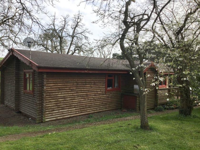 Pine Lodges - Huckleberry Lodge