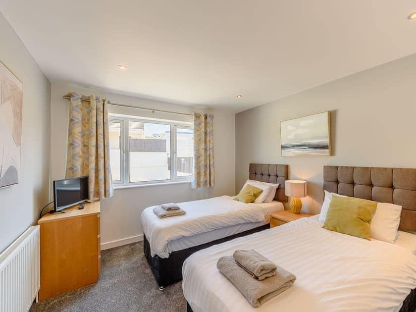 Twin bedroom | Sandbank - Gwbert Holiday Cottages, Gwbert, near Cardigan