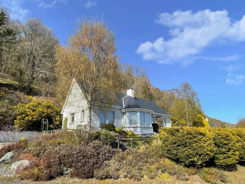 Loch Ness Cottages - Braeside