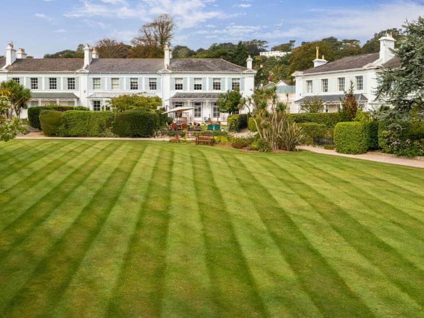 Wellswood Park House