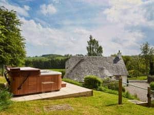 Ochtertyre Luxury Holiday Cottages - Brackenhill Cottage
