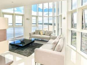 Meridian Quay Penthouses- Beach View Penthouse
