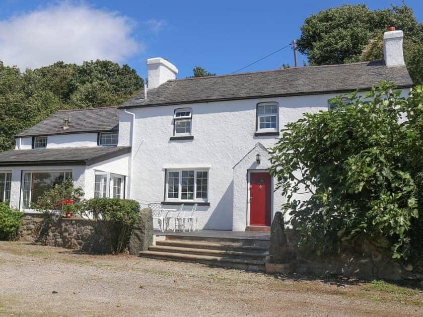 Tyn Y Coed Farm House