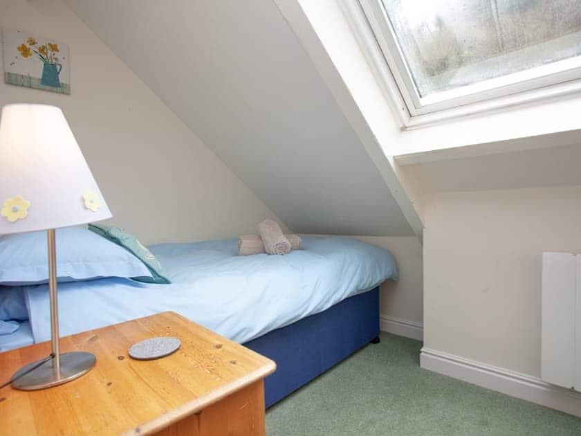 Single bedroom | 3 Salle Cottage - Tuckenhay Mill, Bow Creek, between Dartmouth and Totnes