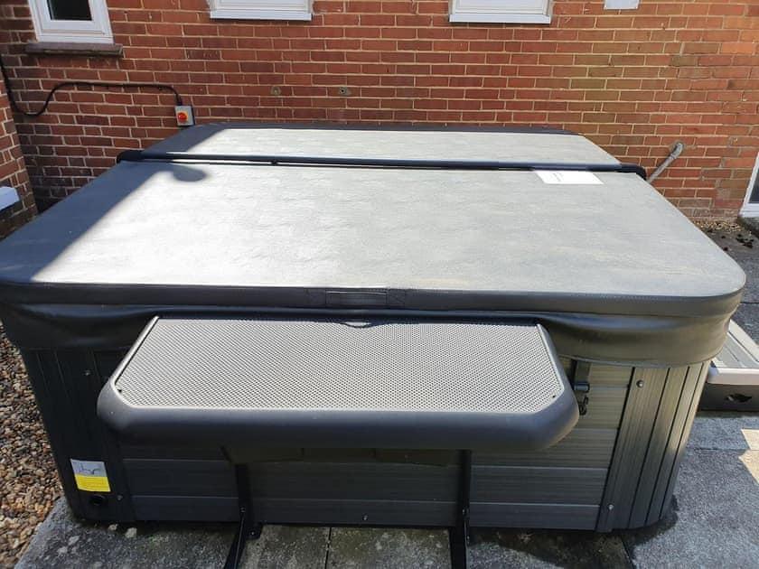 Hot tub   The Annex - Sunnymeade, Buxton, near Wroxham