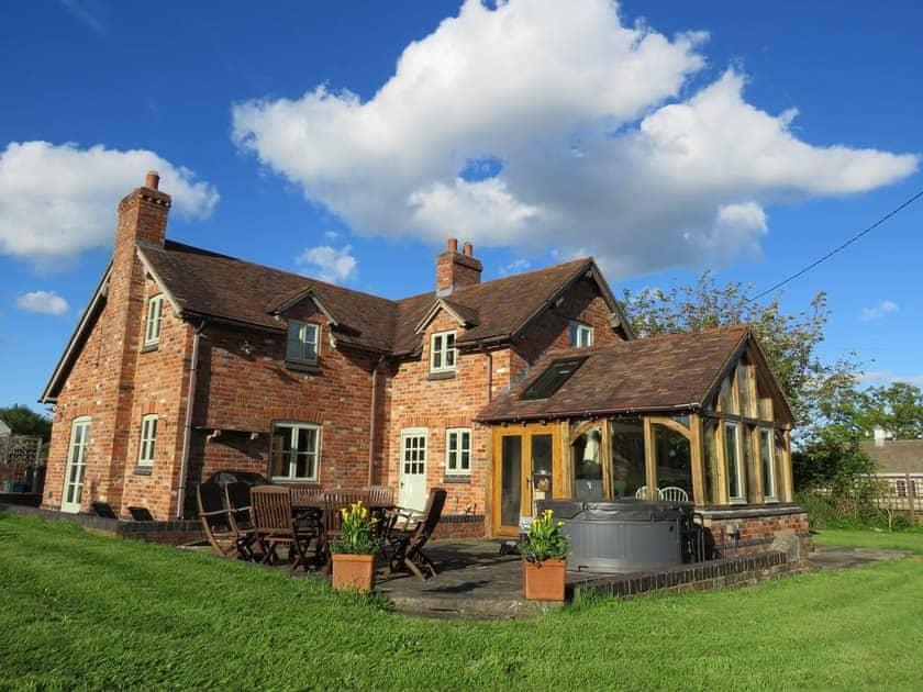 Rose Cottages - Rose Cottage