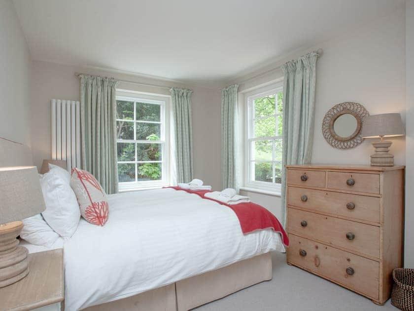 Double bedroom   Muffins, Salcombe