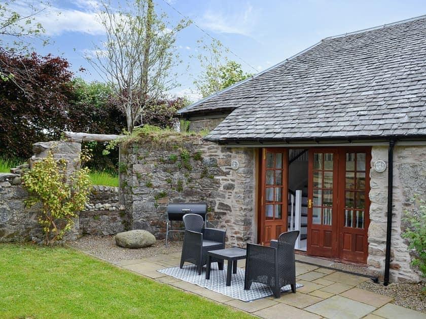 Croftinloan Farmhouse -The Roundhouse